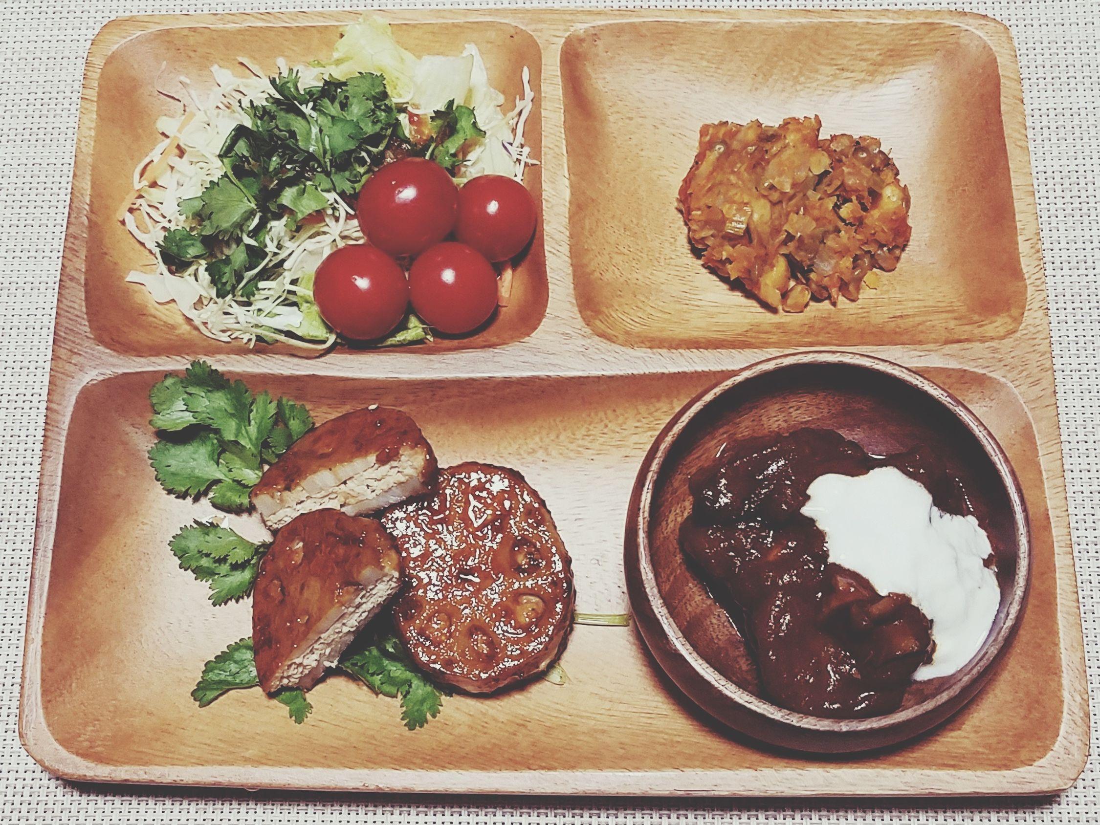 夜ご飯🌙2017.04.05 Food Plate Raíz De Loto Wankom Chicken Meat Frijole Frijoles Tomato Coriander Hashed Beef