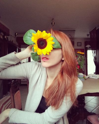 Flower me, please. Human Face One Person Women Beauty Lifestyles Only Women Selfportrait Love Introspection That's Me EyeEm Best Shots Eye4photography  Sararoot Eyemphotography Self Portrait One Young Woman Only Women Of EyeEm Portrait Indoors  People And Places Redhead Lips Red Lips Sunflower 🌻 Mix Yourself A Good Time
