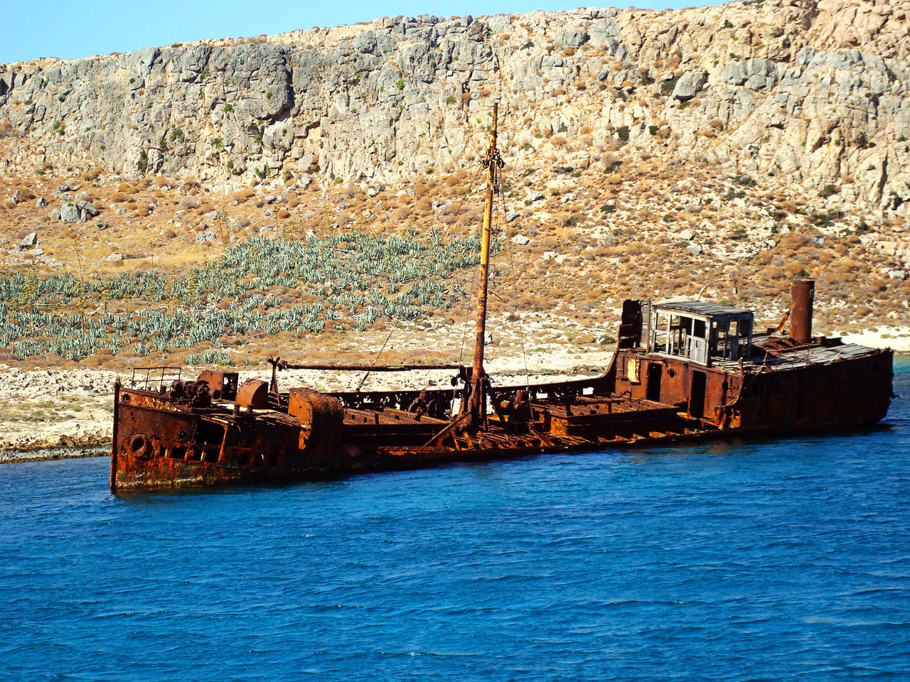 Greece Crete Balos Beach Abandoned Iron Oxide Boat Relitto Relict Sea Blue Inquinamento Man Vs Nature