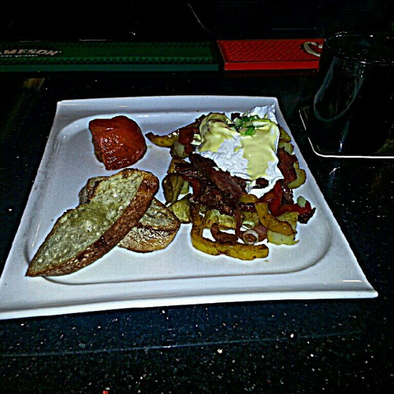 Breakfast Brunch Sunday Morning hangover beer pints downtown Vancouver cornedbeef hash eggs hollandaise winkingjudge pub