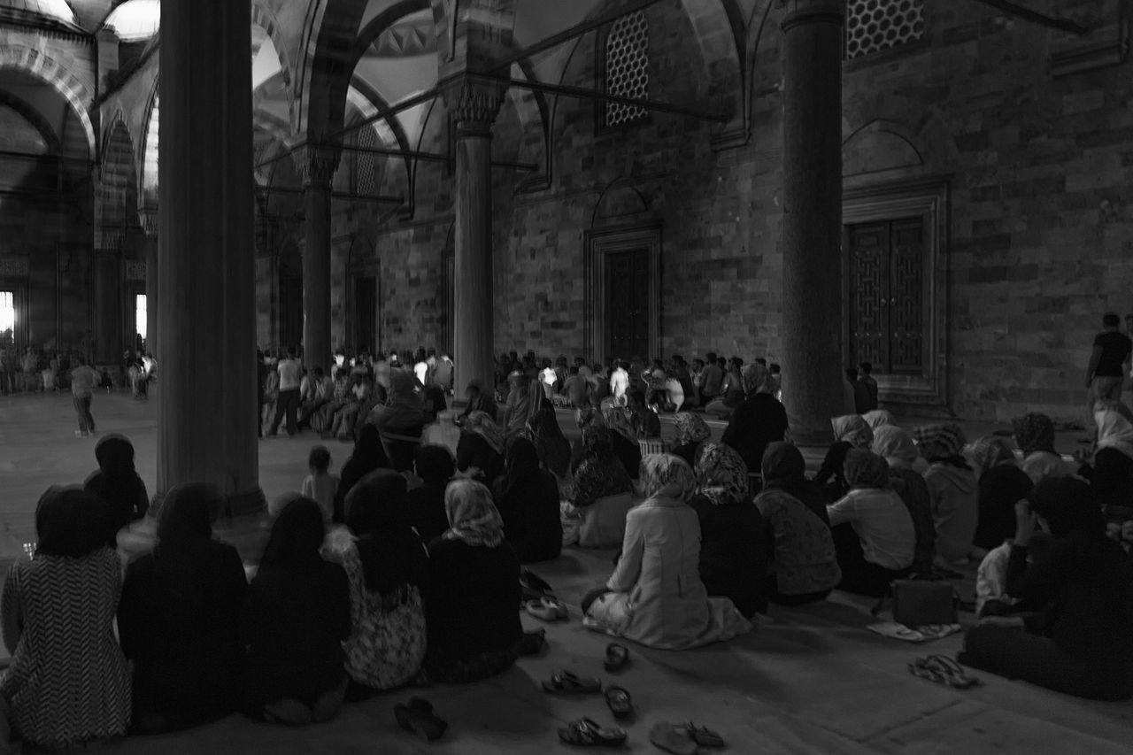 Prayers Arch Architectural Column Architecture Built Structure Column Crowd Faith Group Of People Illuminated Islam Islam #Muslim #Alhamdulillah #Pray #Dua #Sujood #Proud2beamuslim #Blessed #Subhanallah #Beautiful #Muslimah Islamic Architecture Istanbul Turkey Leisure Activity Lifestyles Men, Women Moslem Moslem, Prayer, Praying, Reading, Koran, Mosque, Interior, Sitting, Faith, Belief, Islam Mosque Mosque Turkey Praying Reflect Tourism Travel Destinations