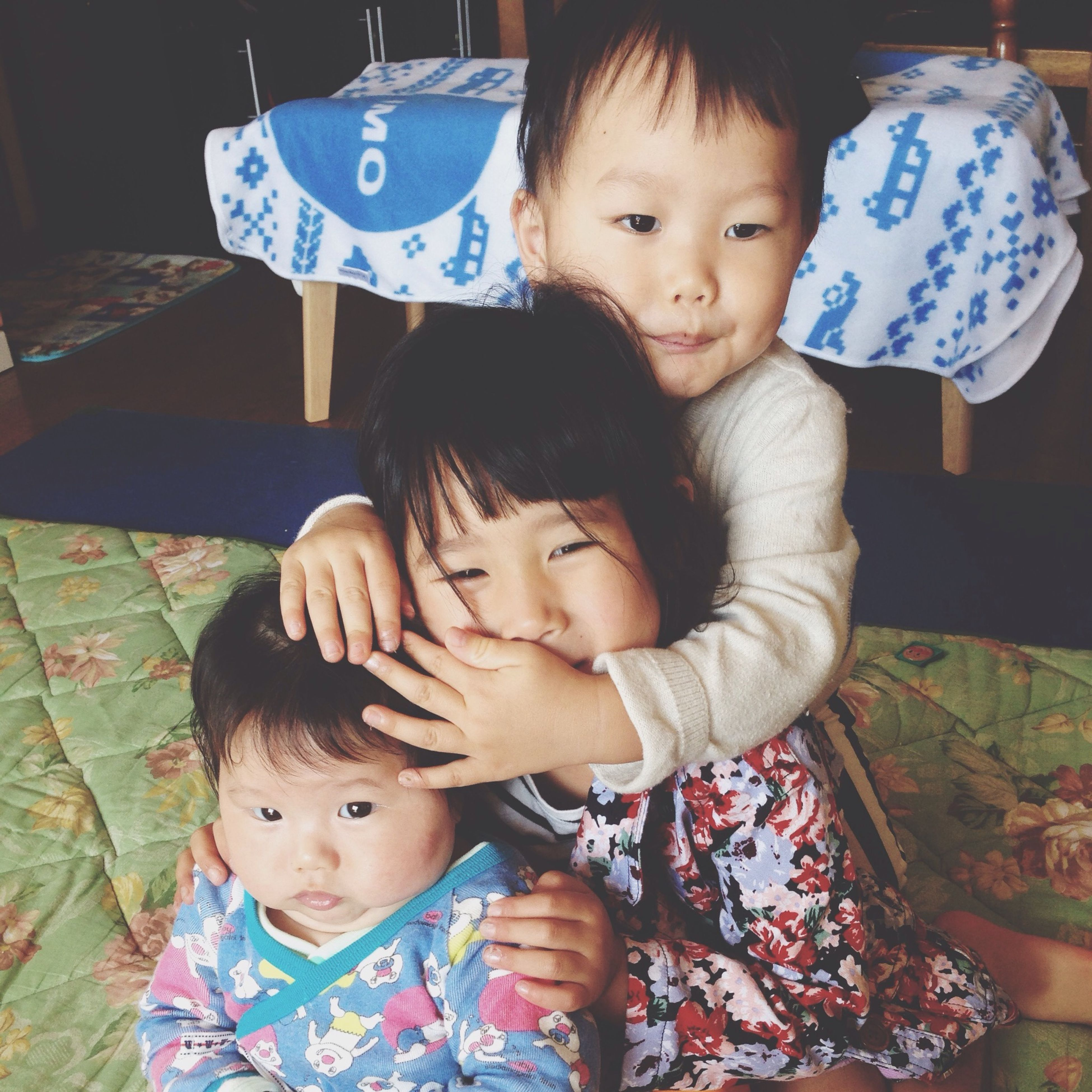 childhood, elementary age, innocence, cute, person, boys, girls, baby, toddler, lifestyles, babyhood, indoors, bonding, leisure activity, togetherness, family, love