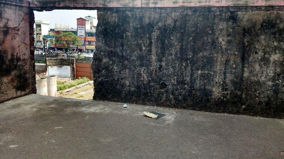 Hole In The Wall Sneak Peek