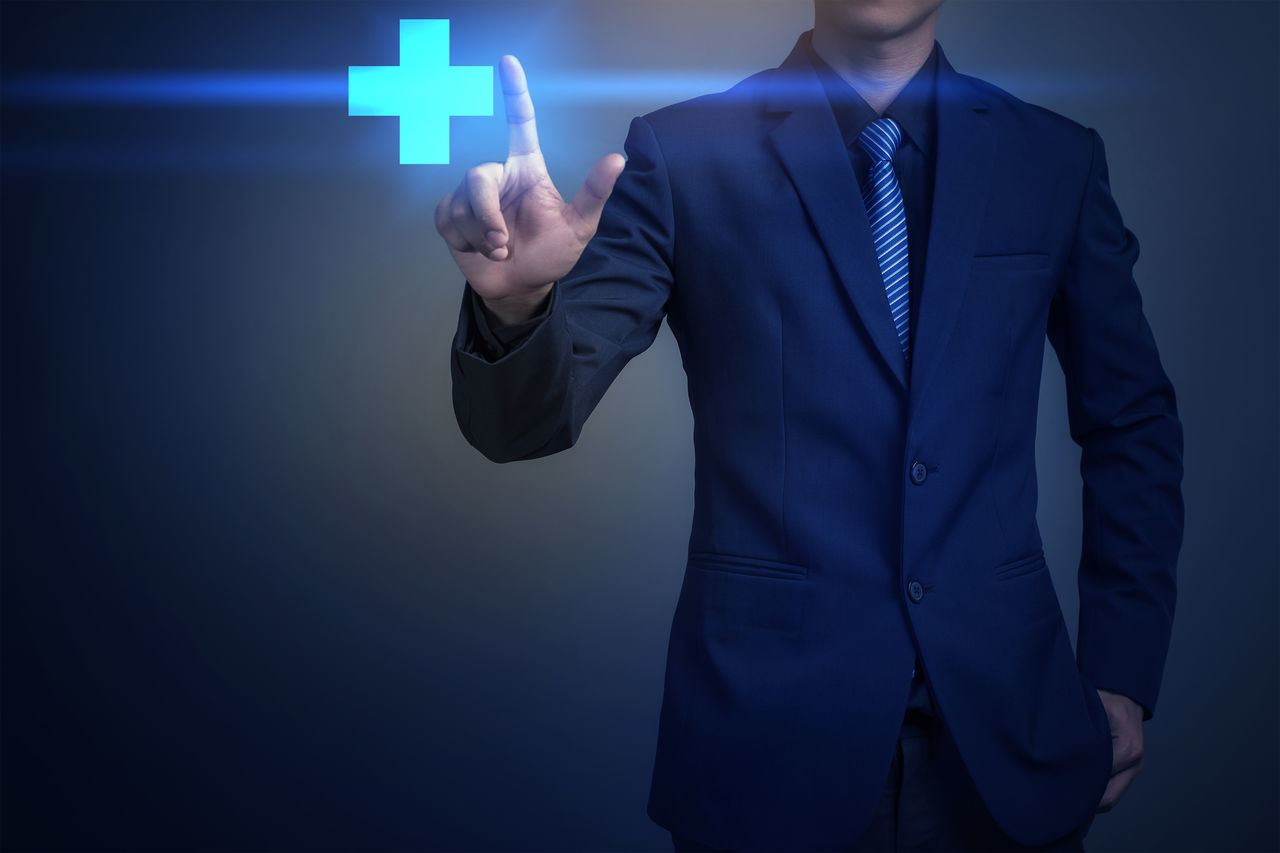 Business Businessman Healthcare And Medicine Healthy Healthy Lifestyle Interface Medical Medicine Men One Person Touch Screen Well-dressed