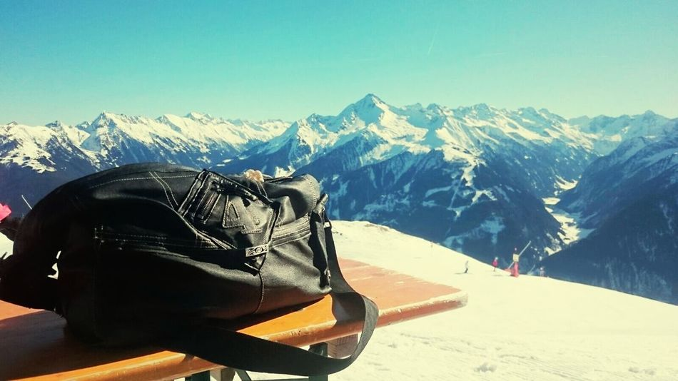 Greatings from Zillertal 😍 my own handmade leatherbaggie ❤ Snow Mountain Mountain Range Winter Cold Temperature Snowcapped Mountain Nature Blue Frozen Sport Landscape Snowing Copyright By LotusBlume69 😉 👍 Streamzoo Family Streamzoofamily Friends Beauty Bag Handmadewithlove MadebyMe ☝✌ Love It ❤