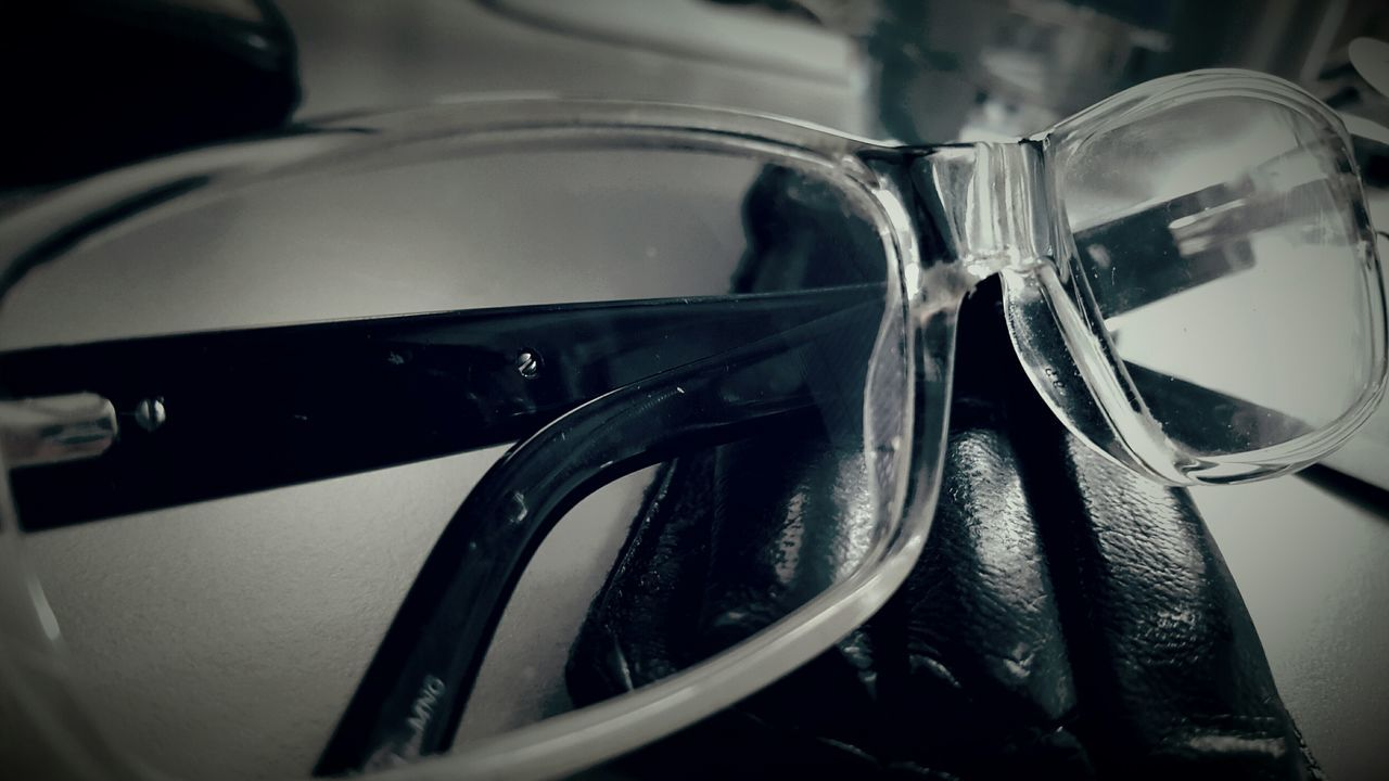 Detail Close-up Modern Indoors Glasses