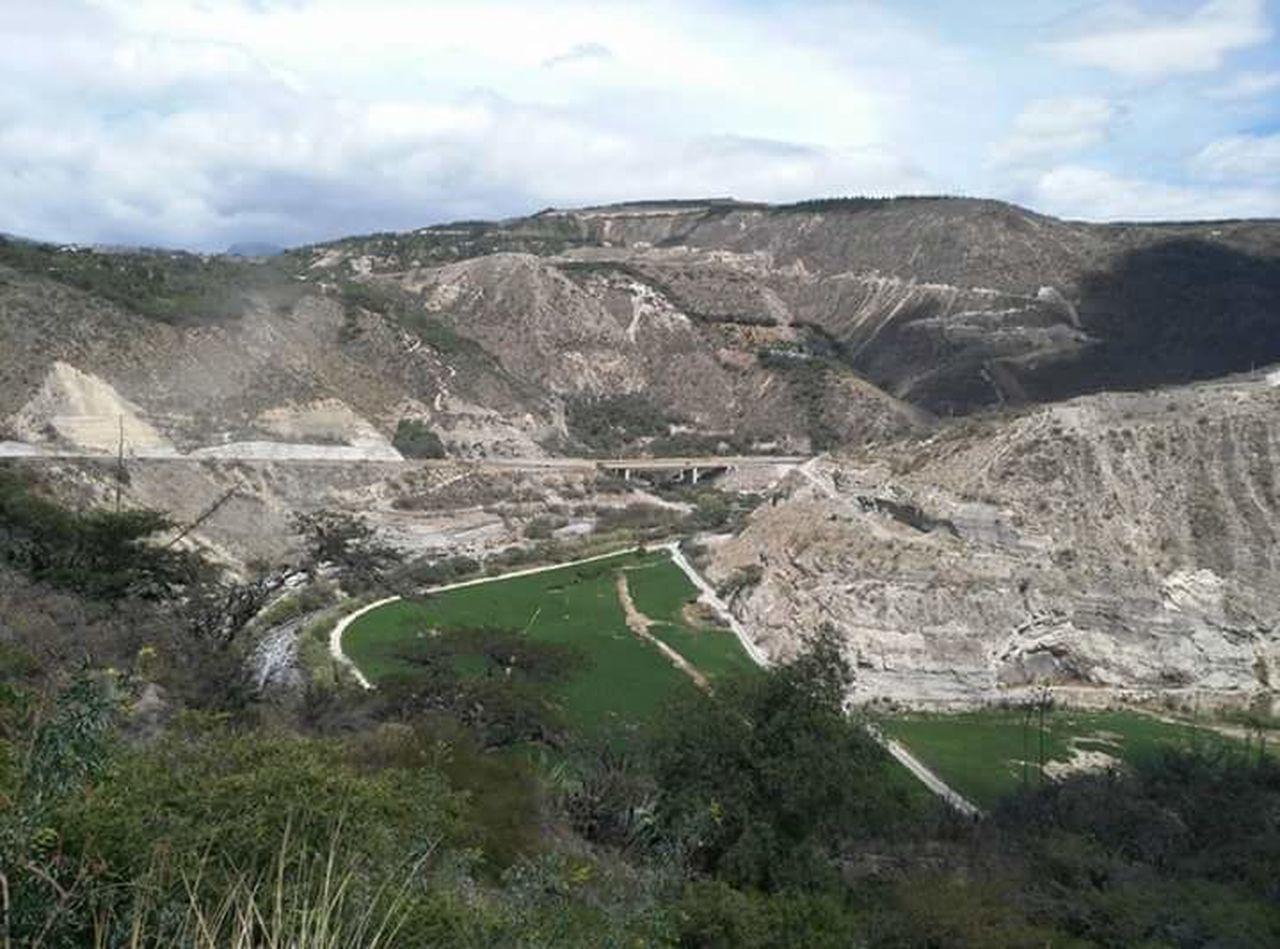 Vía Guayllabamba — Quito