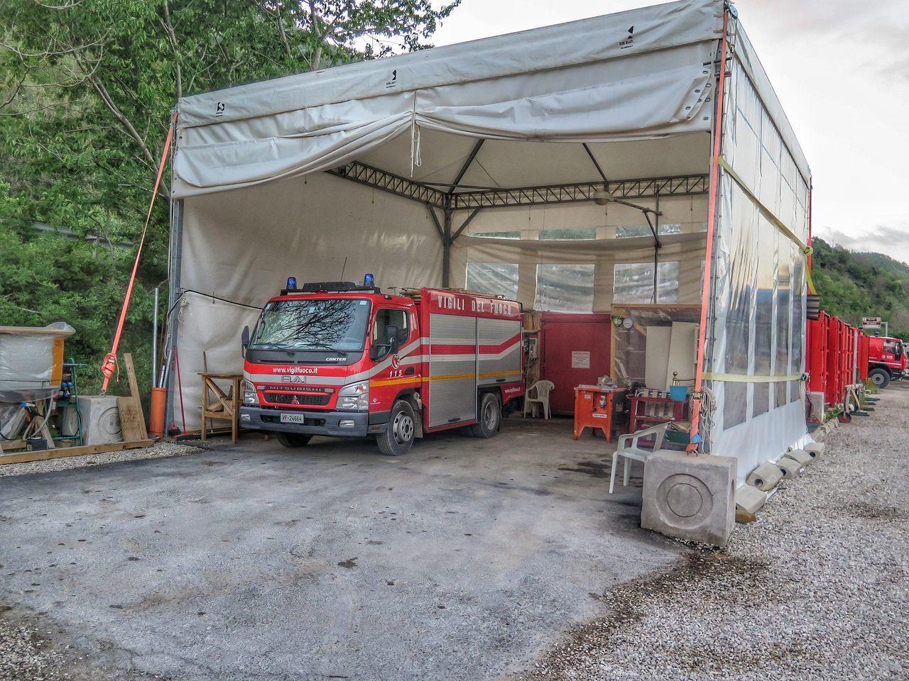Arquata Del Tronto Italy Terremoto Marche Vvf Vigili Del Fuoco  Search And Rescue Earthquake Campsite Trucks Firefighters Italian Fireman Tragedy
