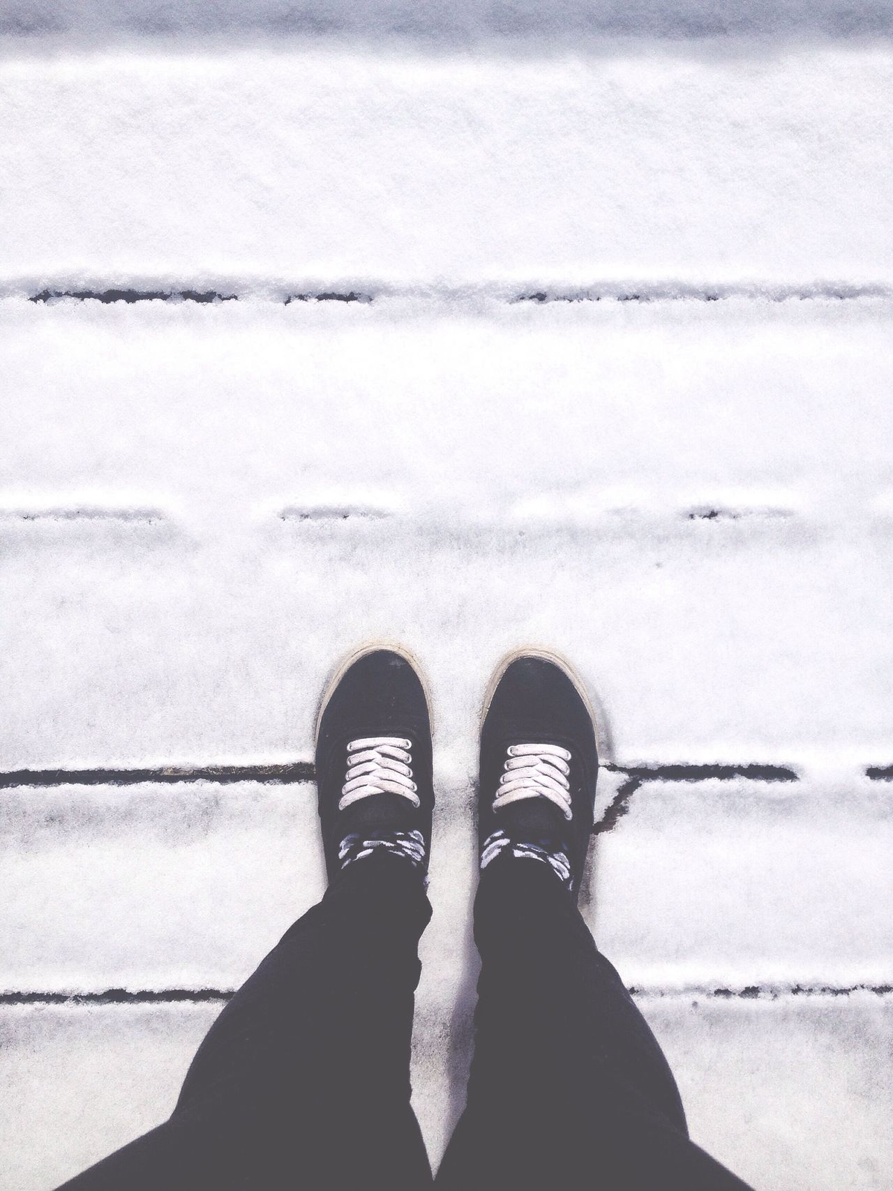 This shoes on the snow are more like flip flops. Happy Feet Feet From Above  Snow Feet And Snow Looking Down Shoes Shoes On Snow Walking On Snow Color Palette