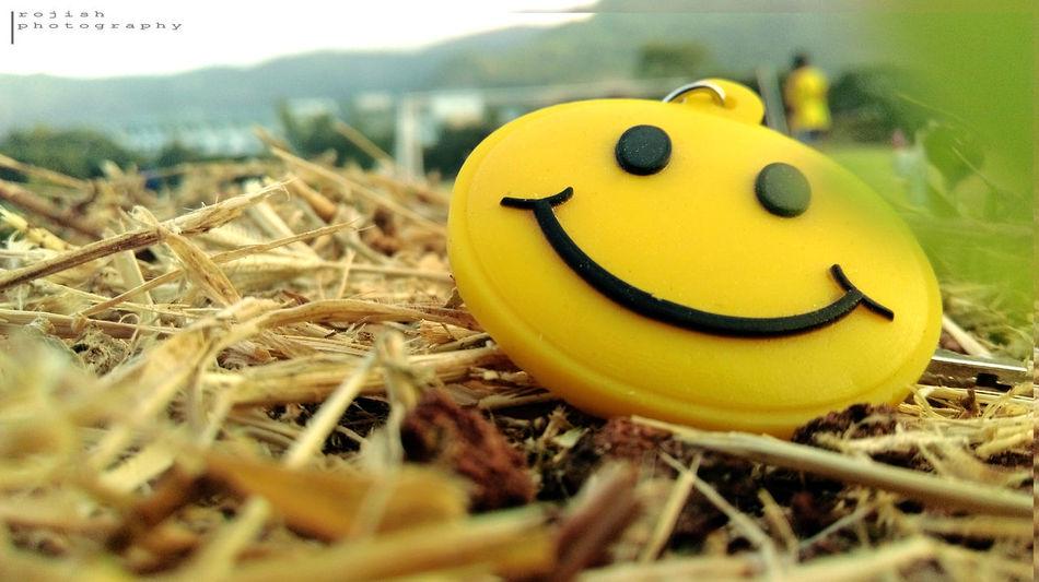 EyeEmNewHere Keep Smiling Outdoor