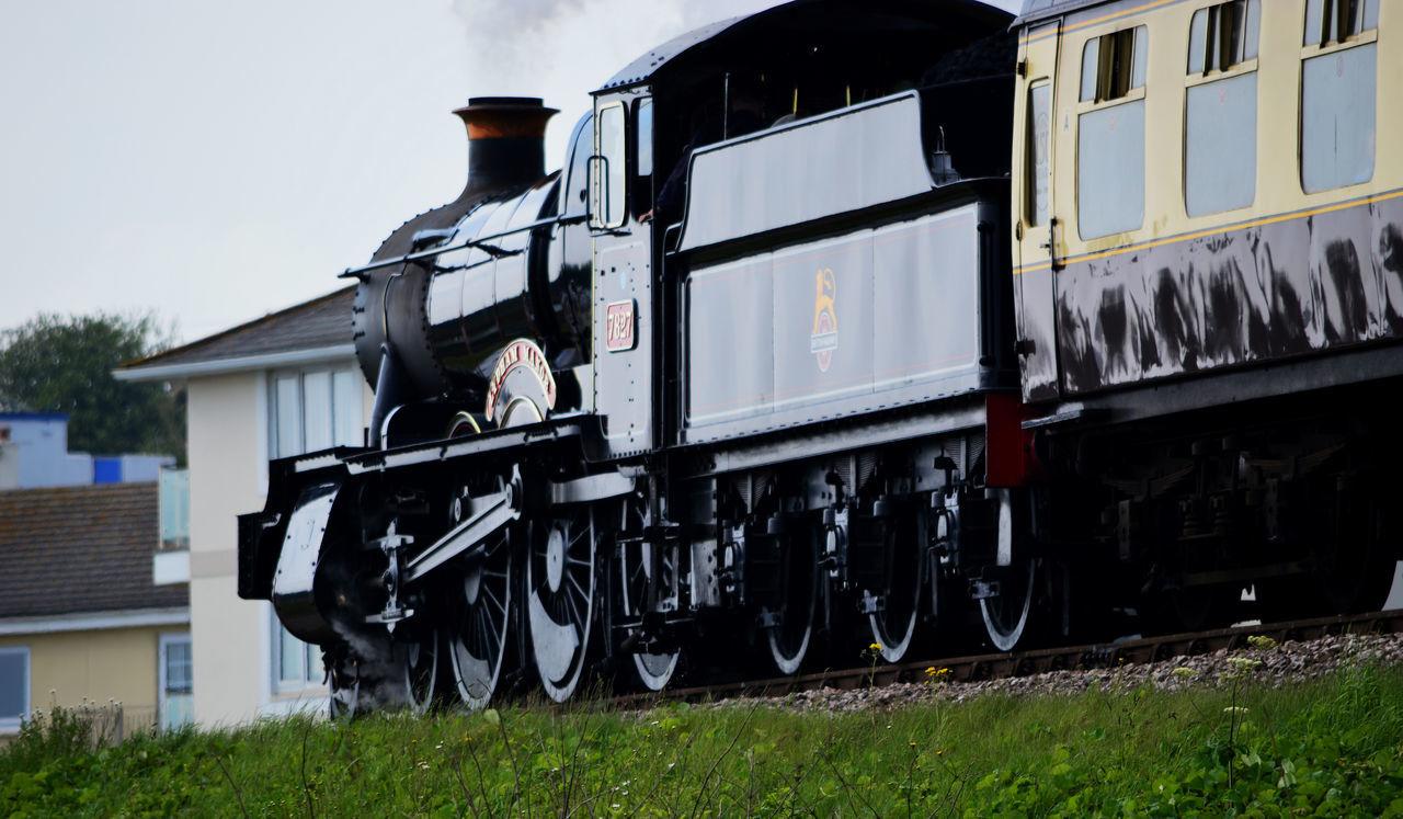 Lydham Manor 7827 Steam Engine, above Goodrington Beach, near Paignton, Torbay, Devon, England Lydham Manor Lydham Manor 7827 Mode Of Transport Outdoors Steam Engine Steam Locomotive Steam Train Steam Train Wheels Steam Trains