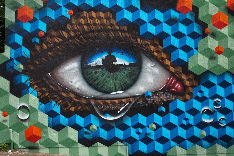 Mydogsighs Snub23 Upfest2017 Bristol Bristol, England Tears Eye StreetArtEverywhere Streetart/graffiti Street Art Graffiti Art Graffiti Streetphotography No People Love ♥ Psssst. ..♥ Outdoors Creativity Murales Art