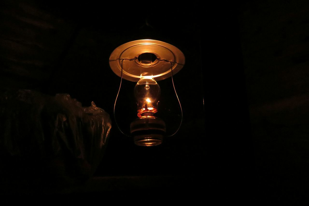 山小屋 Lamp Nightphotography Hut Light And Shadow