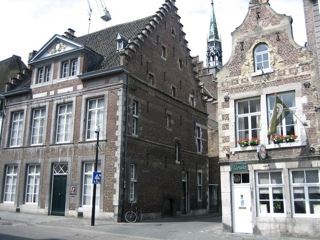 Maastricht - one of the most beautiful cities in Holand (from my point of view). Architecture Building Exterior Built Structure Cultural Center Day Dutch Architecture Dutch Cities Historic Center Of The City Holland Sky