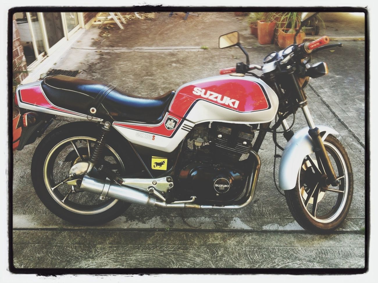 Old School Suzuki Japanese  Gsx250