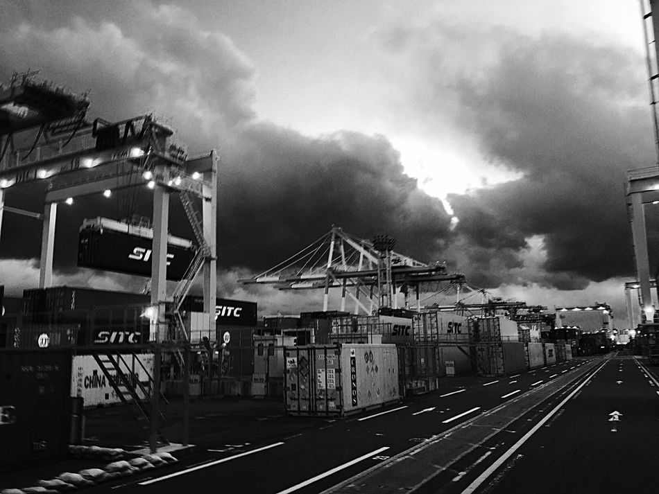 Blackandwhite Black And White Monochrome EyeEmBestPics EyeEm Eye Em Around The World EyeEm Best Shots EyeEm Gallery Container Crane Truck Career