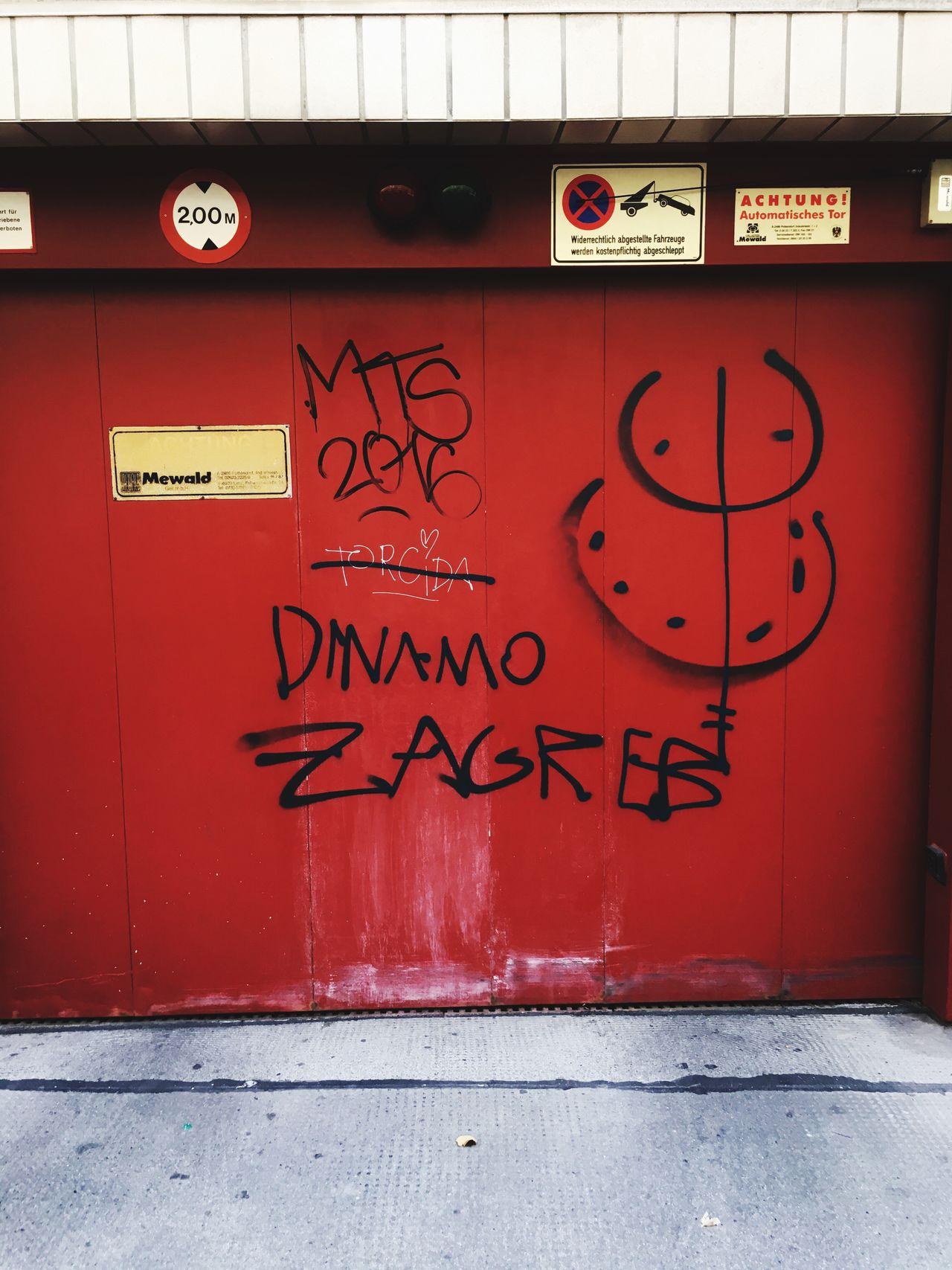 Wall Red Streetphotography Street Photography Graffiti