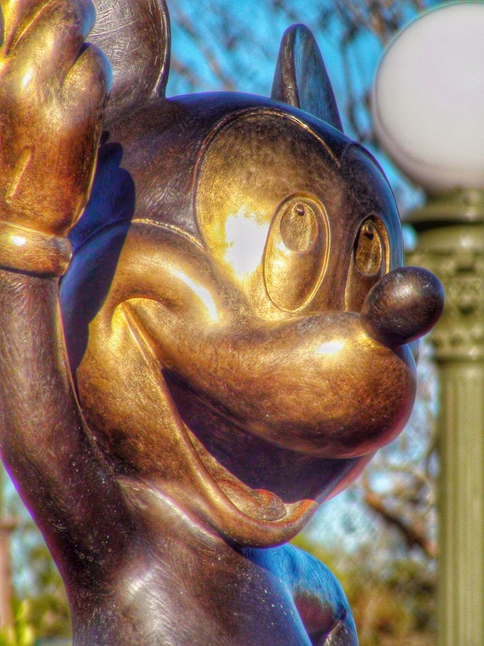The Magic Kingdom Walt Disney World Mickey Mouse Mickey Statue Bronze
