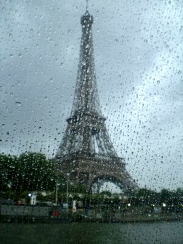 From My Perspective Toureiffel Lookingup Tourist Attraction  Eyeemphotography Tour Eiffel Paris Eiffel_tower  Eye4photography  From My Point Of View Eiffeltower Check This Out Taking Photos EyeEm Gallery Things I Like Relaxing Architecture Monument Tourist Destination Rainy Day Rainy Window View Paris, France  Rainy Drops Window View
