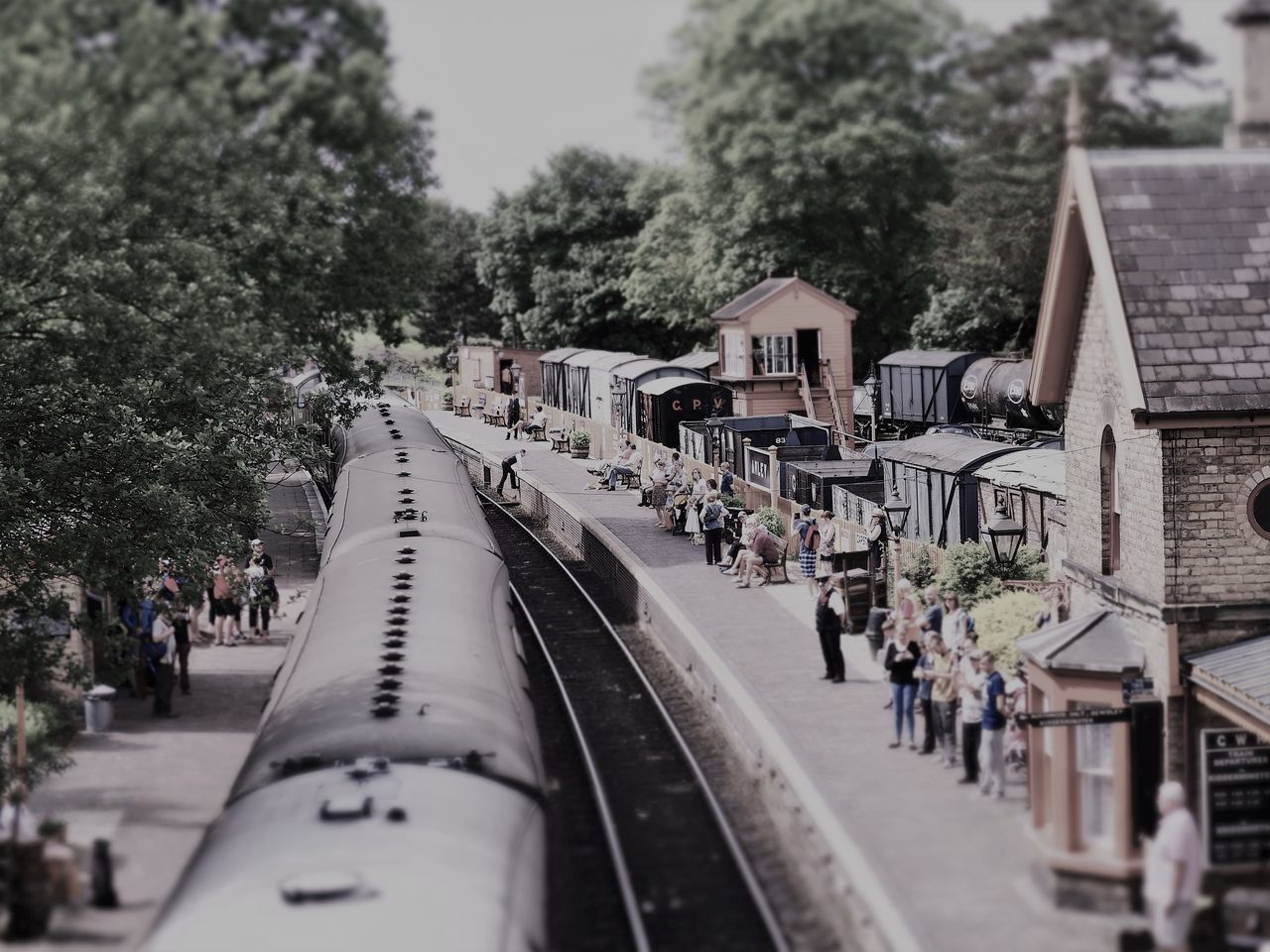 Severn Valley Railway Diarama  People And Places Station Building Station House Sunday Afternoon Train Carriages Train Station Platform