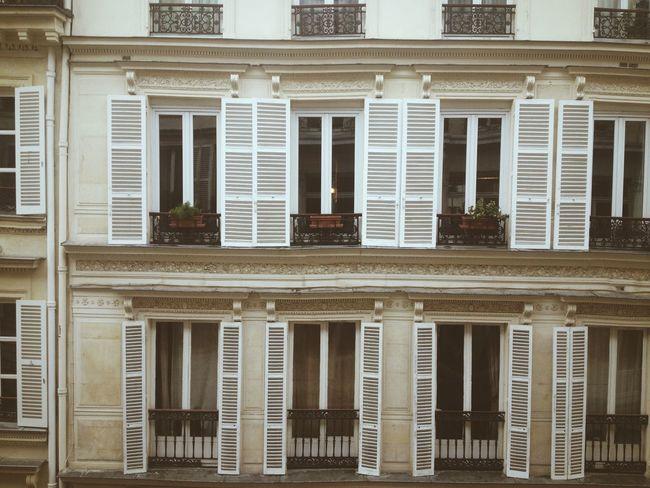 Paris Buildings Architecture Haussmann Vscocam www.instagram.com/pierrebdn