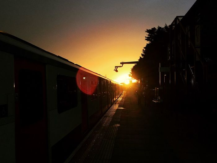 Uk London Parsons Green Station Distric Line Sunbeam IPhoneography Gyzdaphoto