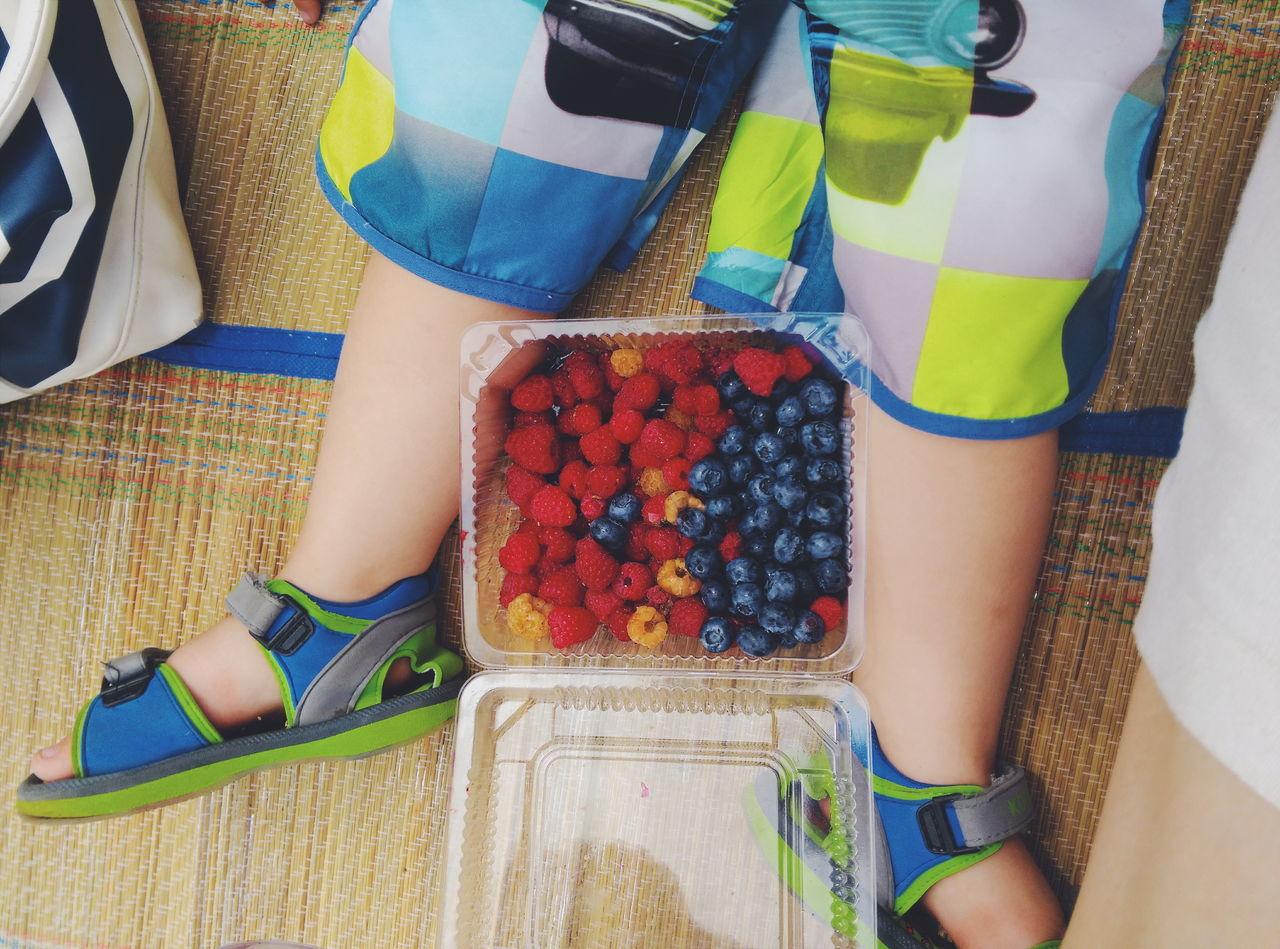 Street Food Worldwide Summer berets time)) via Fotofall