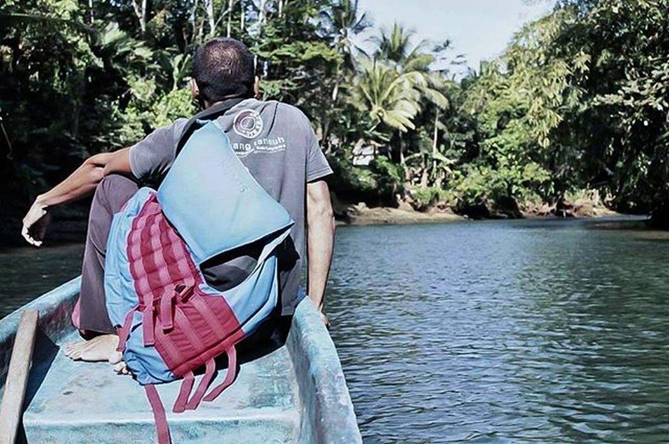 Masih edisi sayang dibuang River Greencanyon  Nature Natural Exploreindonesia Panorama Landscape Tree Indonesian Instalike Instaeurope Water Beutiful  Latepost Greatview Explore Boat Relax