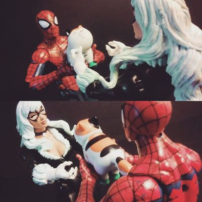 """""""For you my precious! 💗"""" """"Awe oh my god well arnt you just the sweetest!"""" Marvellegends Mcu Collection Couples Romance Figurecollection Collector Infiniteseries Hasbro Nerd Comics Mcu Spiderman Webhead Amazingspiderman Webslinger Articulatedcomicbook Actionfigures Actionfigurephotography Kittens Hasbro BLackCat Feliciahardy Peterparker Relationships favoritecouples marvelentertainment tcb_flyupandaway"""