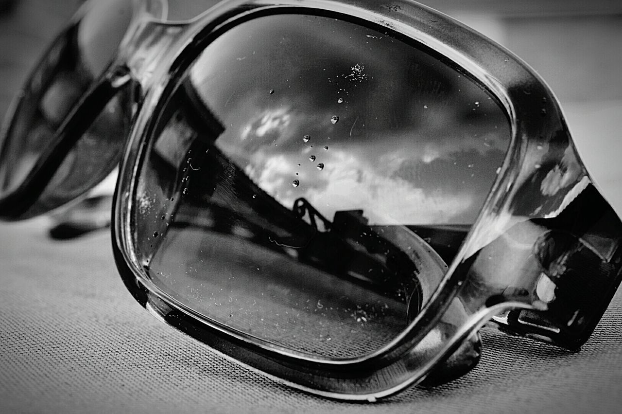 Raindrops from storm clouds ... no dirt this time ... OK well maybe a little dirt 😜 Sunglasses Sunglasses👓 Sunglasses Reflection Sky Reflection Sky And Clouds Clouds And Sky Storm Clouds Raindrops On Glass Raindrops Rain Clouds Rain Is Comin RainIsComing Still Life Still Life Photography Macro Macro Photography Black And White Black & White Black And White Photography Nikon D3200