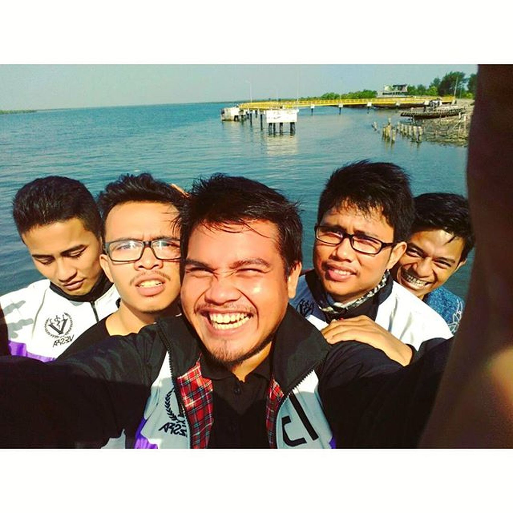 Selamat pagi Salam dari kuala langsa @kotabandaaceh @vscoaceh @kameraaceh @photoaceh @remajaaceh @keunebahaceh @wisataaceh Aceh Acehkece Acehphotoclub Visitaceh Remajaaceh Kotabandaaceh Kotalangsa Mtmpijay Camera Asianstyle Beach Tagforlike .com Liker Instagram Instagramers