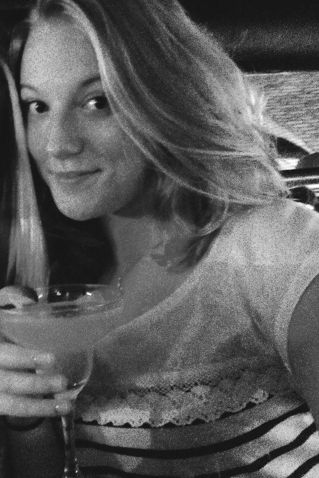Saturdaynight Pub Karaoke Time With Friends Cocktails🍹🍸 Cosmopolitan&Mojito&Margarita Outch.. Enjoying Life Ilovedublin