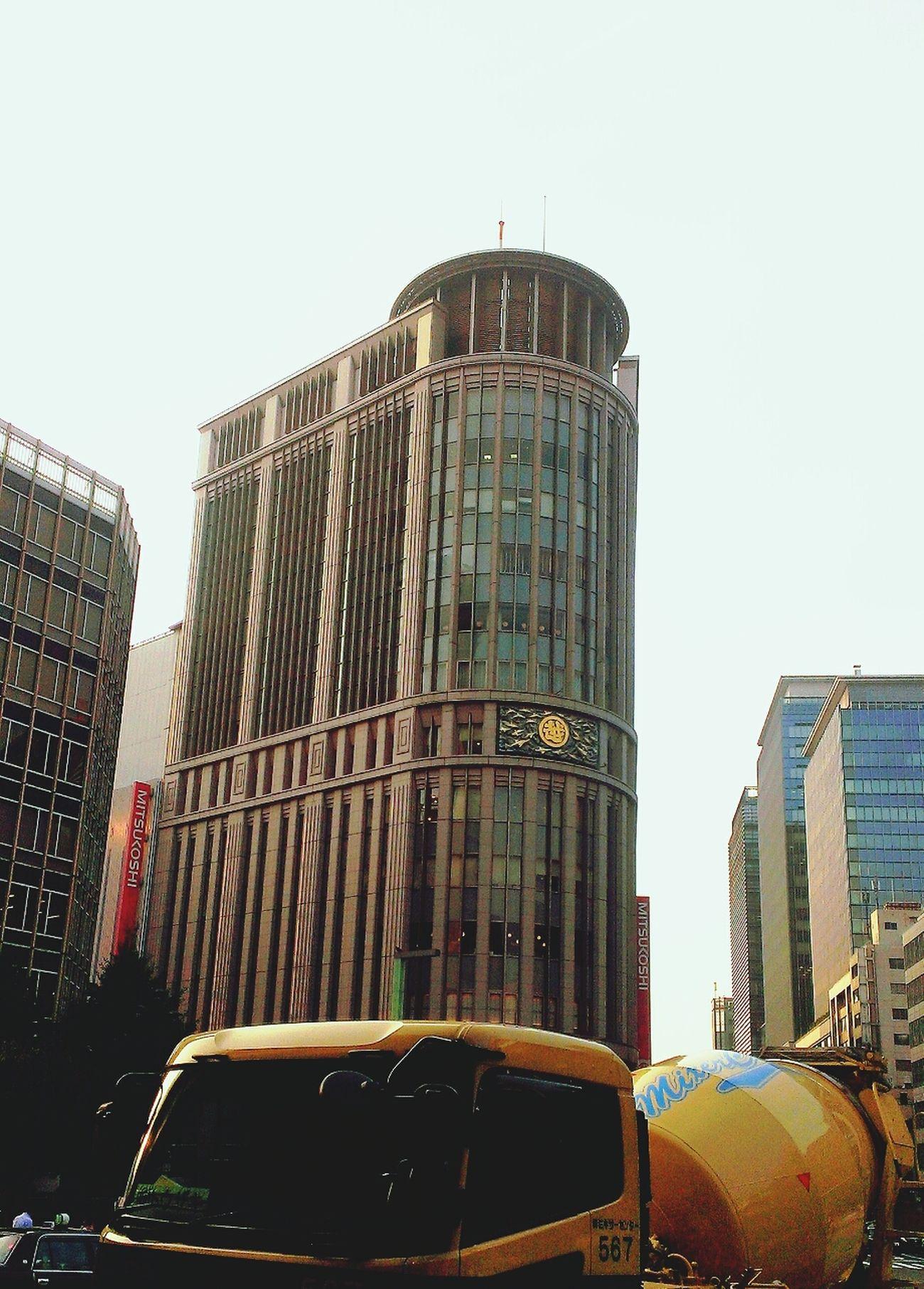 Streetphotography Tokyo Architecture Mitsukoshi