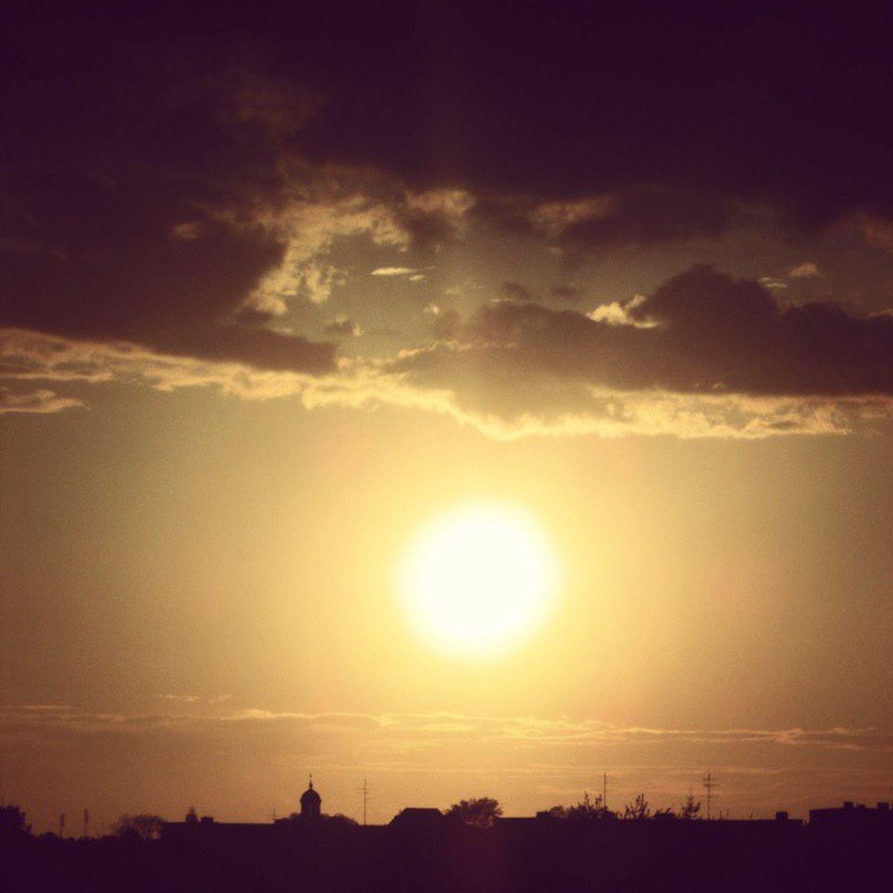 Run run run ! :) Sunset Running Maio