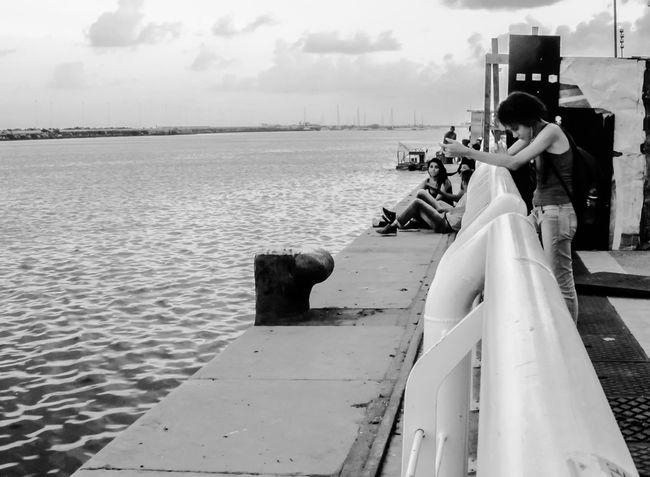 Black & White Pretoebranco Fotografia De Rua Preto & Branco Black And White Photography Blackandwhite Black&white Streetphotography Streetphoto_bw Blackandwhite Photography Recife, BRASIL Brasil RecifeAntigo