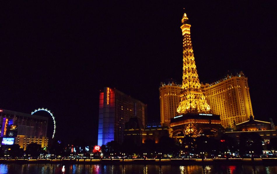 Paris in Vegas Night City