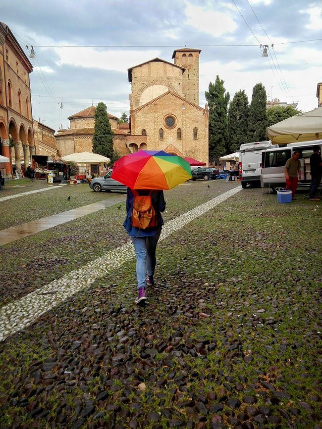 The rainbow walks in the rain OpenEdit Rainy Bologna Sette Chiese Hanging Out Bologna, Italy Loneliness Walking Around Followme Beautiful EloediLo Time For Church