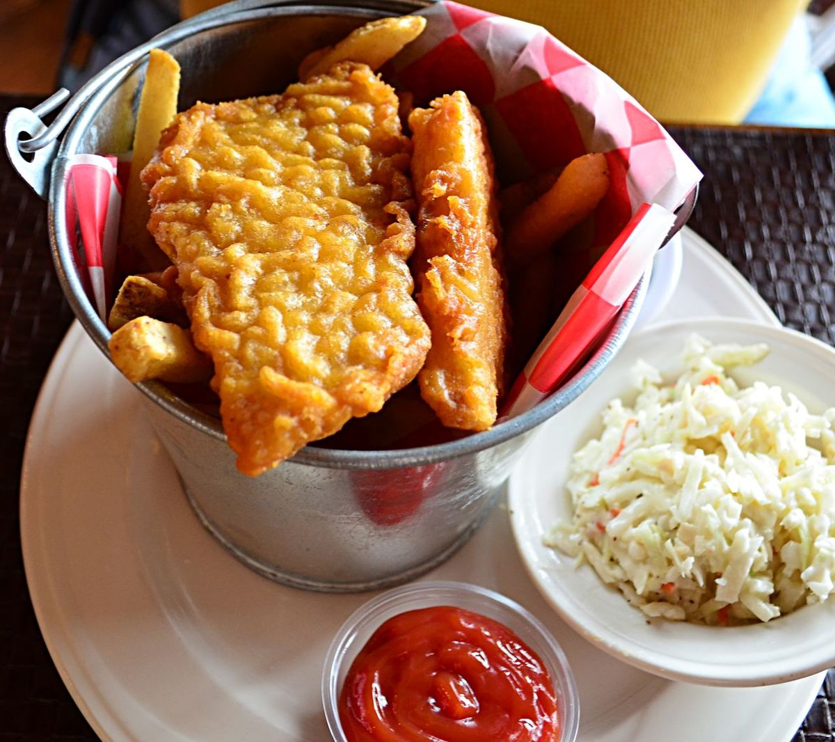 Fish and chips with cole slaw served in a lunch pail Bucket Close-up Cole Slaw Fish And Chips Food Fried Fish Fries Indoors  Lunch Lunch Pail No People Pjpink Ready-to-eat Table