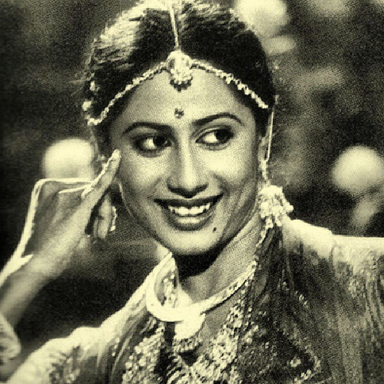 Remembering & grand tributes on 59th birth anniversary the evergreen beautiful & talented actress... SmitaPatil ..!!