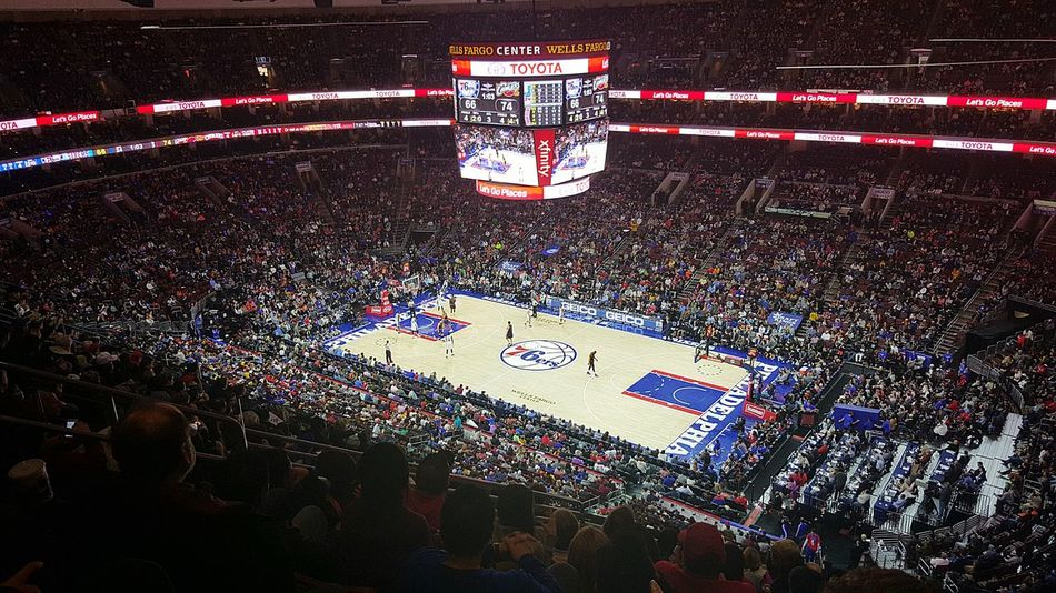 Philadelphia 76ers vs Cleveland Cavaliers..Thats LeBron on the right side of the court..always fun to see a game at the stadiums even though our teams stink right now. The atmosphere is always great Philadelphia Phillyphotographer Cityofbrotherlylove 76ers Clevelandcavaliers Basketball Lebronjames Lovemycity Walkwithme Samsungphotography Galaxys6edge S6edge Streetsofphilly Eyeembest BestofEyeEm LoveeyeEm EyeEminLove EyeEmLegend Cityscape Architecture Sports WellsFargoCenter Taking Photos Hanging Out Enjoying Life