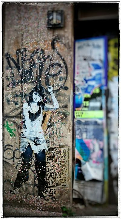 Streetphotography Berlin Streetart Myfuckingberlin Girlnextdoor Wallporn