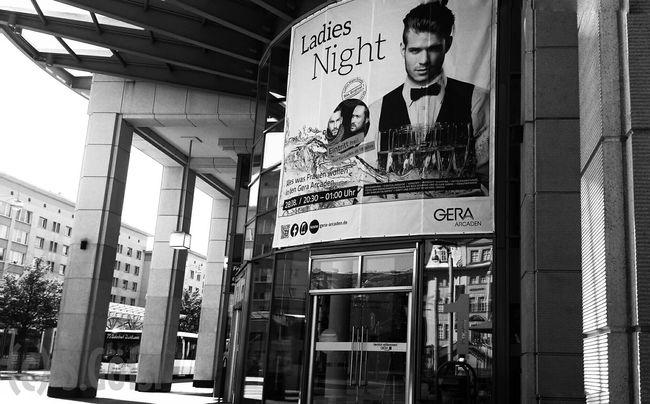 Black And White B&w Monochrome Cityscapes Streetphotography Streetphoto_bw Gera Arcaden Sunday Morning Say Hi!