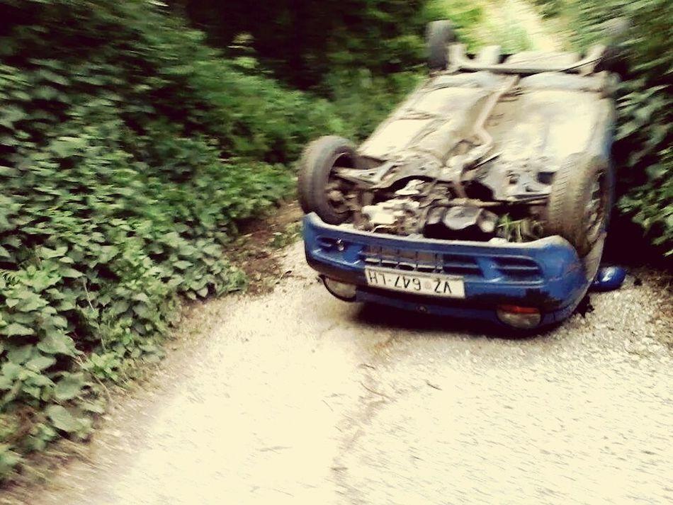 Renault TWINGO Car Crash