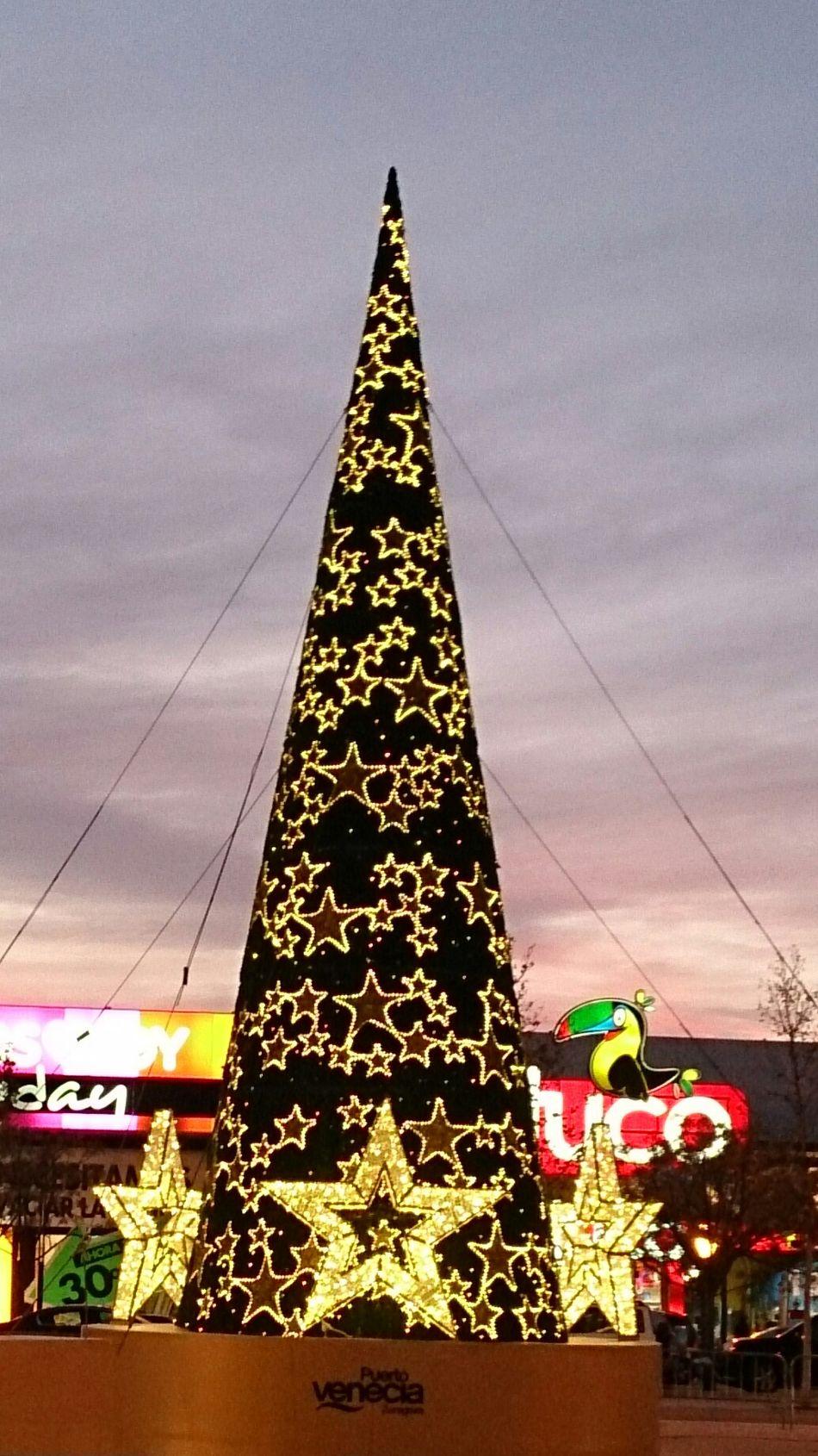 El Arbol De Navidad de Puerto Venecia