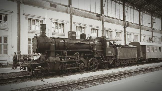 Budapest Nyugati Railwaystation Steam Train Black & White B&w Blackandwhite Photography Blackandwhite Black&white Retro Retro Styled Retro Style Trainphotography Train