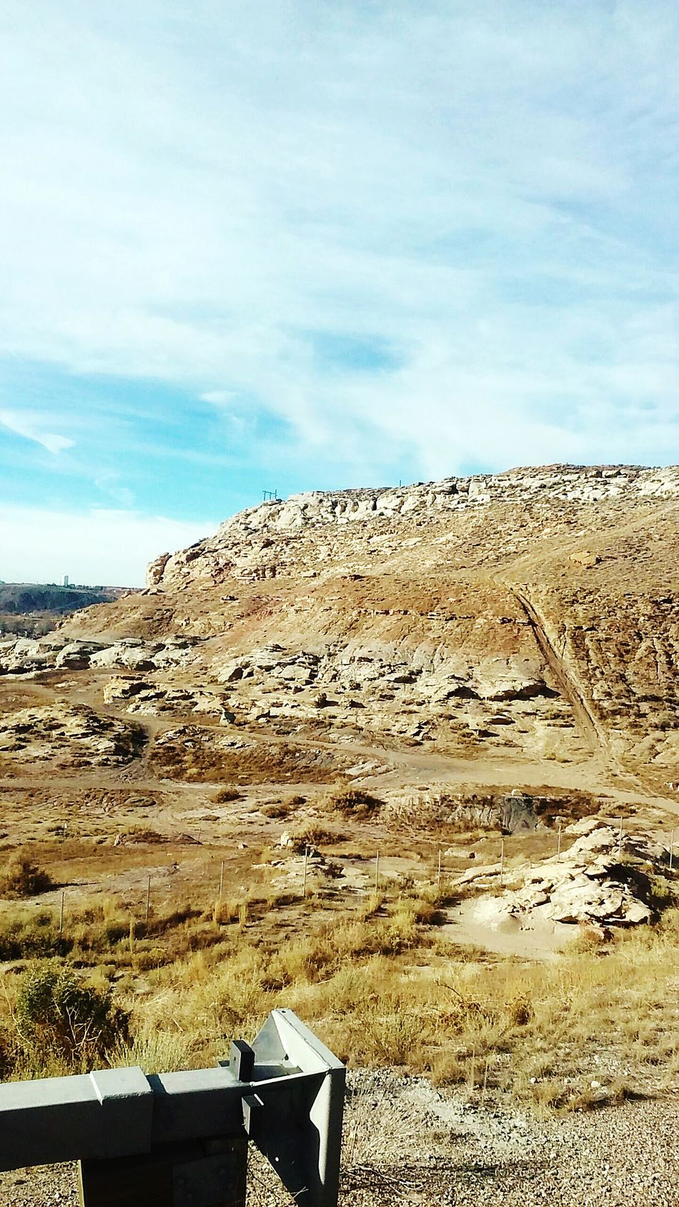 Deserts Around The World Mountains And Sky Desert Landscape Desert Mountain Master_shots