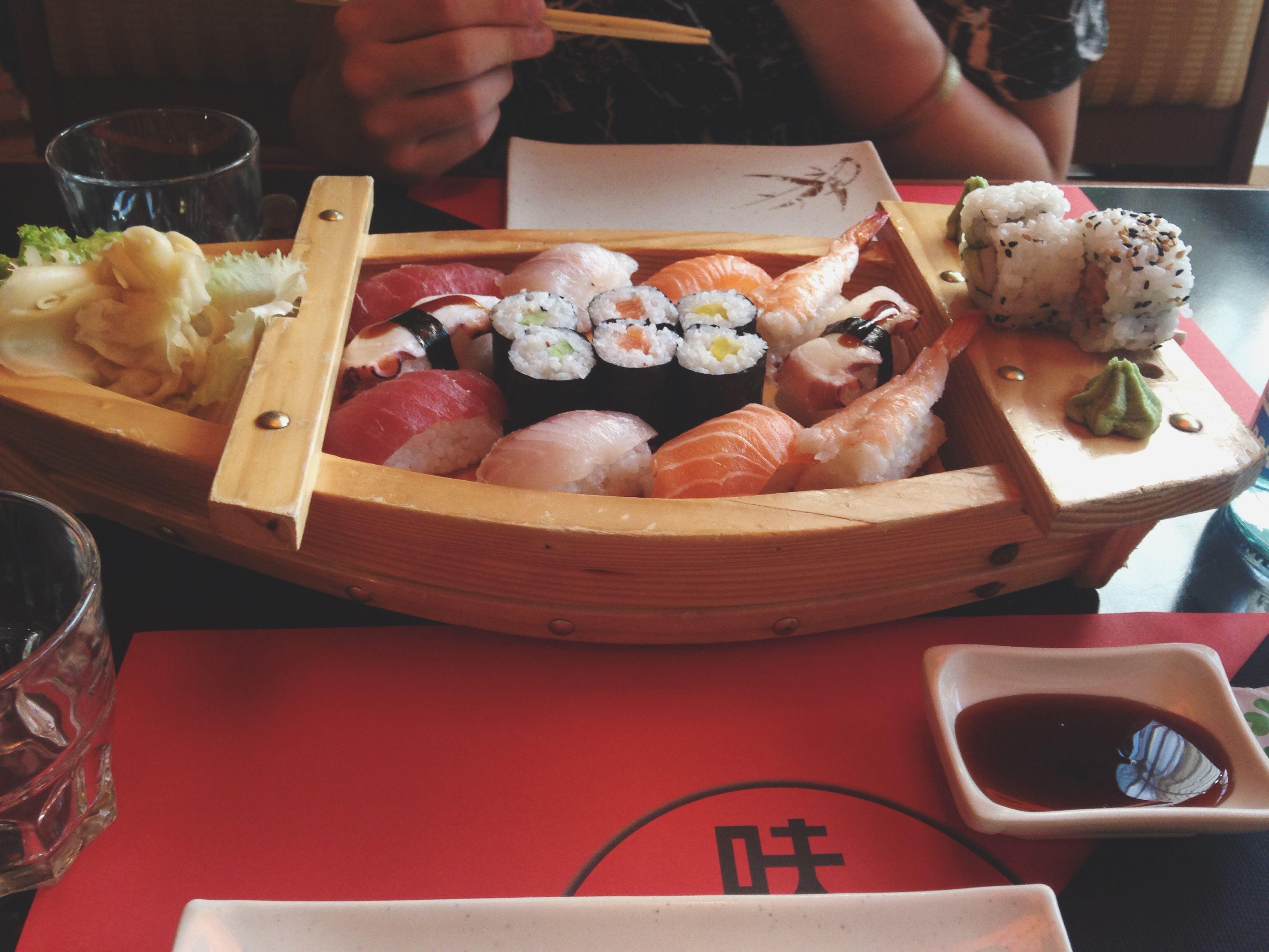 Sushi Sushi Time Boat Hungry 😍😍😍😍