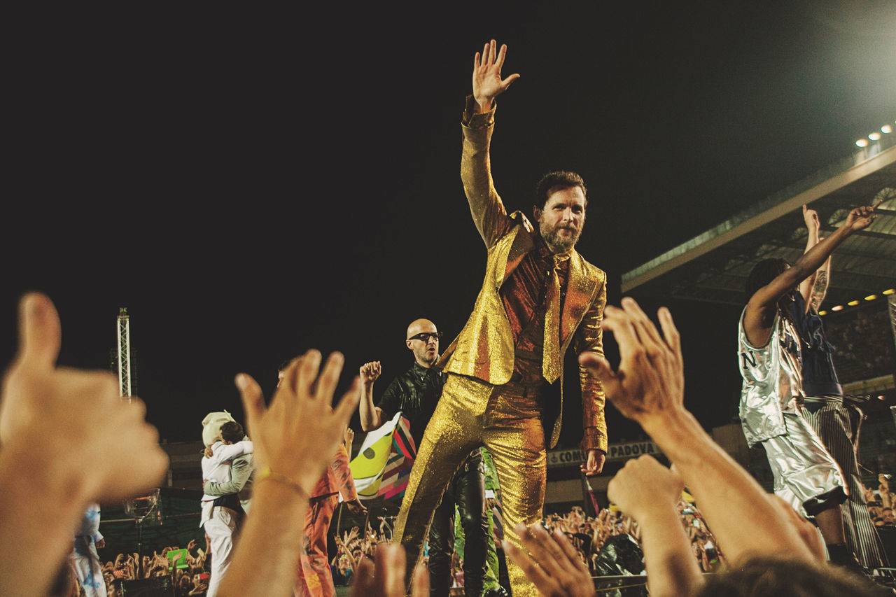 Concert Concert Photography Enjoyment Entertainment EyeEm EyeEm Best Shots EyeEm Gallery Gold Jova Jovanotti Jovanotti2015 Large Group Of People Lifestyles Men Music Music Is My Life Real People The Legend