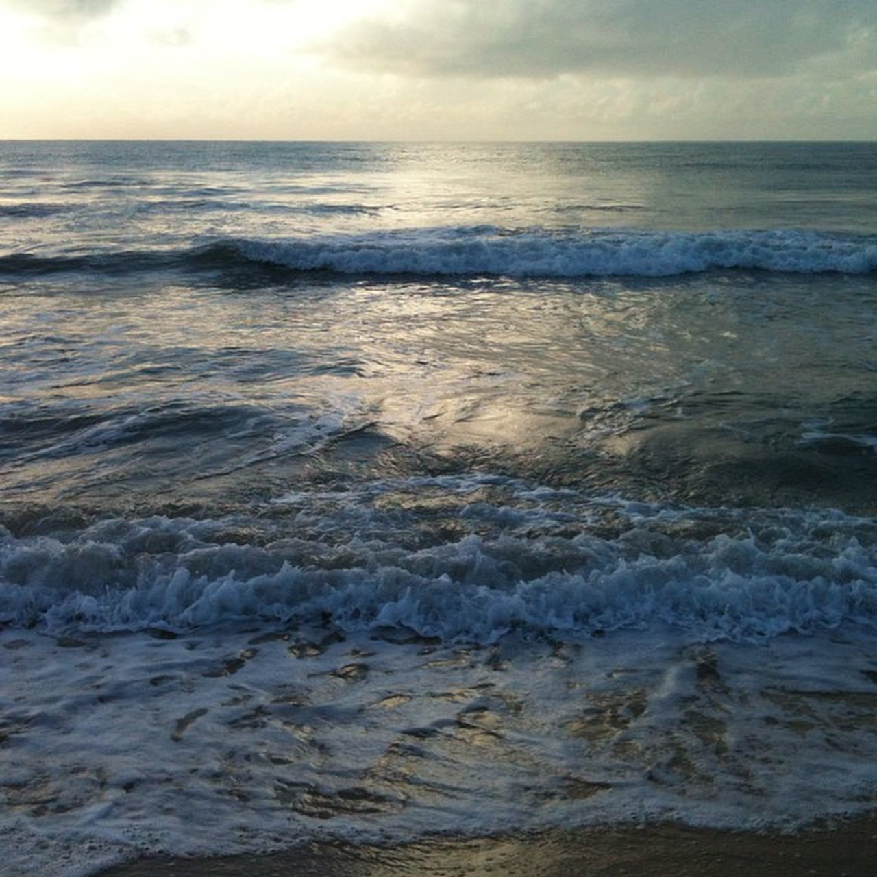 sea, water, nature, wave, beauty in nature, beach, scenics, horizon over water, tranquility, no people, sky, tranquil scene, outdoors, rippled, tide, sunset, motion, day