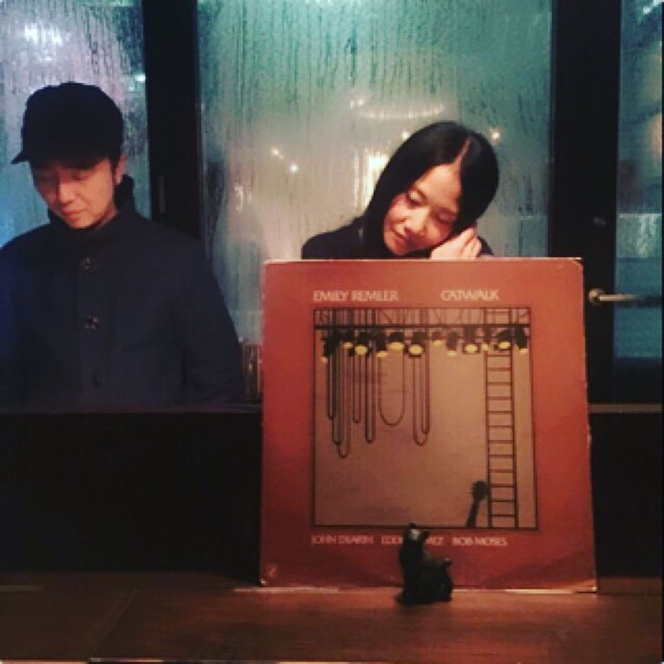 Tonight was an album sale commemoration party of Bar Music. I was DJ and celebrated with Azuma. Shibuya Tokyo,Japan Vinyl Scof75 Barmusi Music was nice night which overflows.